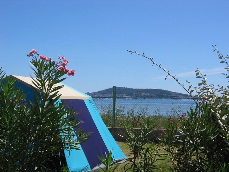 emplacement confort camping familial meze plage piscine