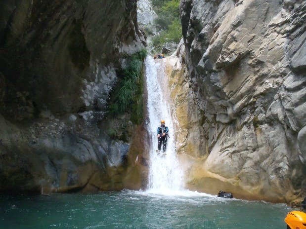 a-proximite-hotel-restaurant-alpes-maritimes-canyoning