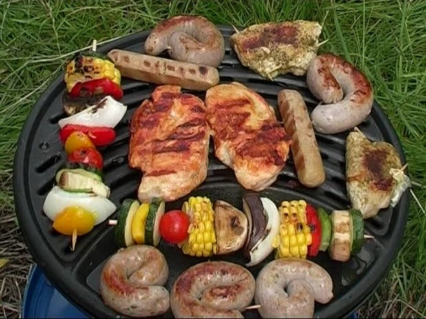 Barbecue -  Camping Lolivier pres de Sommieres - Nimes - Camargue