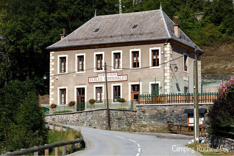 Stations et villages
