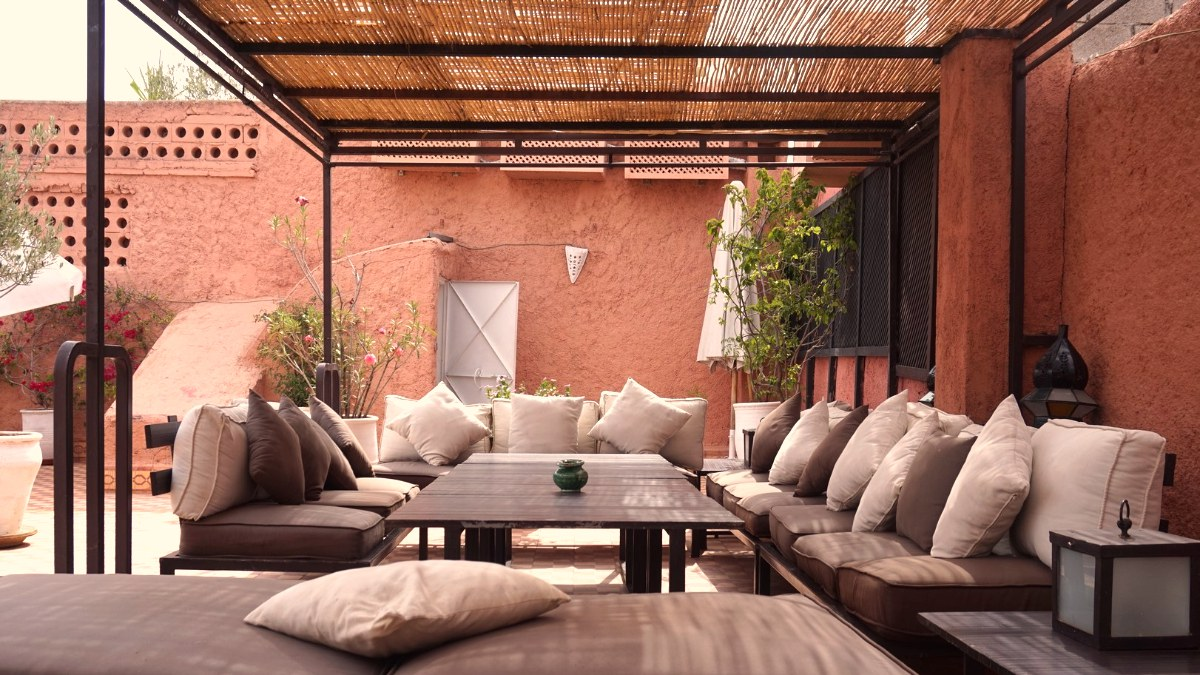 terrasse ombragée riad chamali medina marrakech maroc