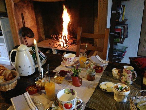petit déjeuner cheminée