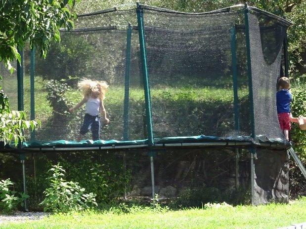 camping l'olivier - nimes - jeux pour enfants