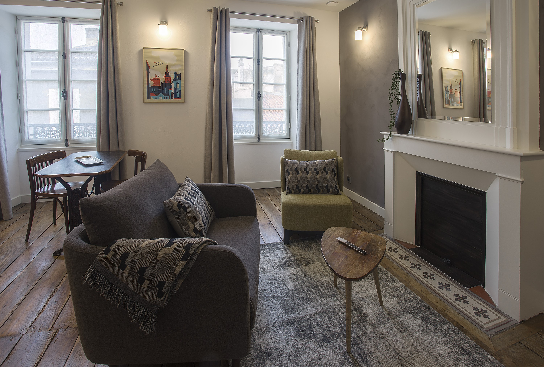appart-hotel-angouleme-duplex-cote-cour-sejour