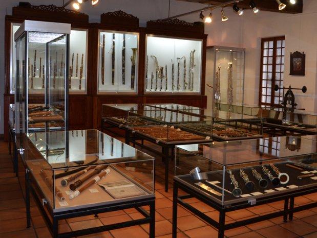 La Couture-Boussey musée des instruments à vent