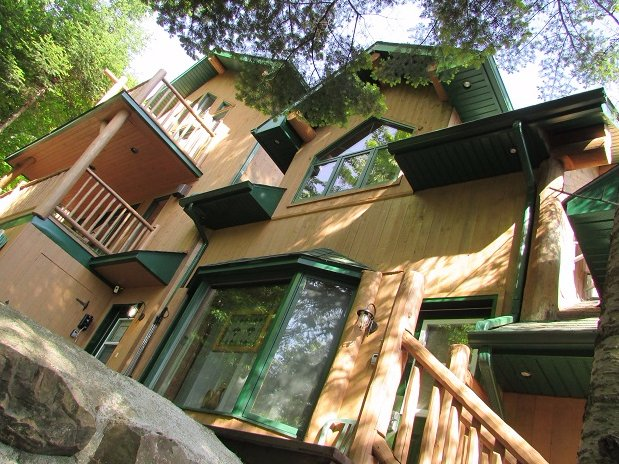 The Refuge Comfort & Suites