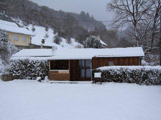 chalet gentiane - camping poutie - la bourboule - ski - auvergne - location chalets