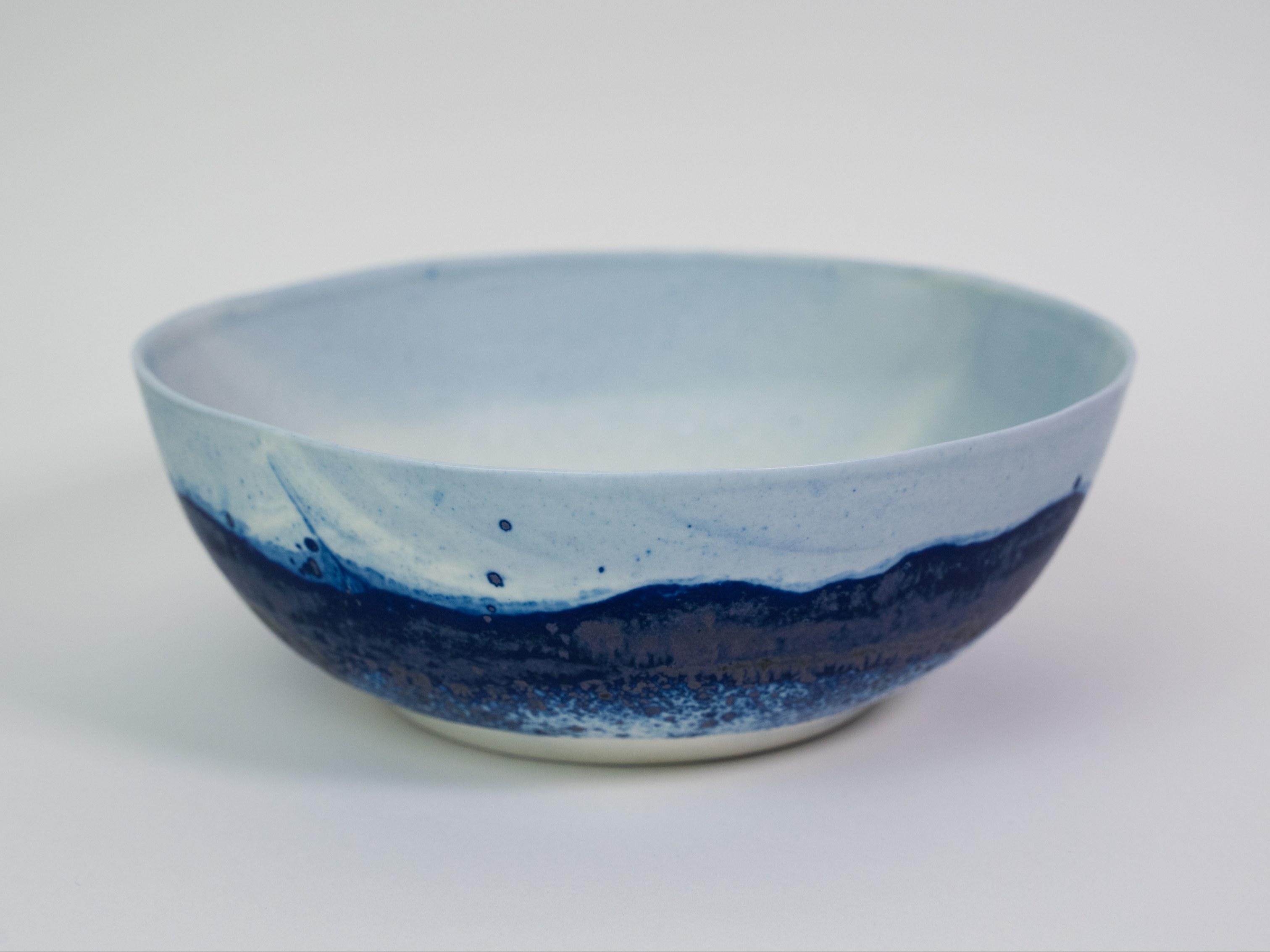 Collection Ligne Bleue -Petit saladier porcelaine bleue mat