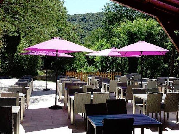 terrasse camping Ardèche
