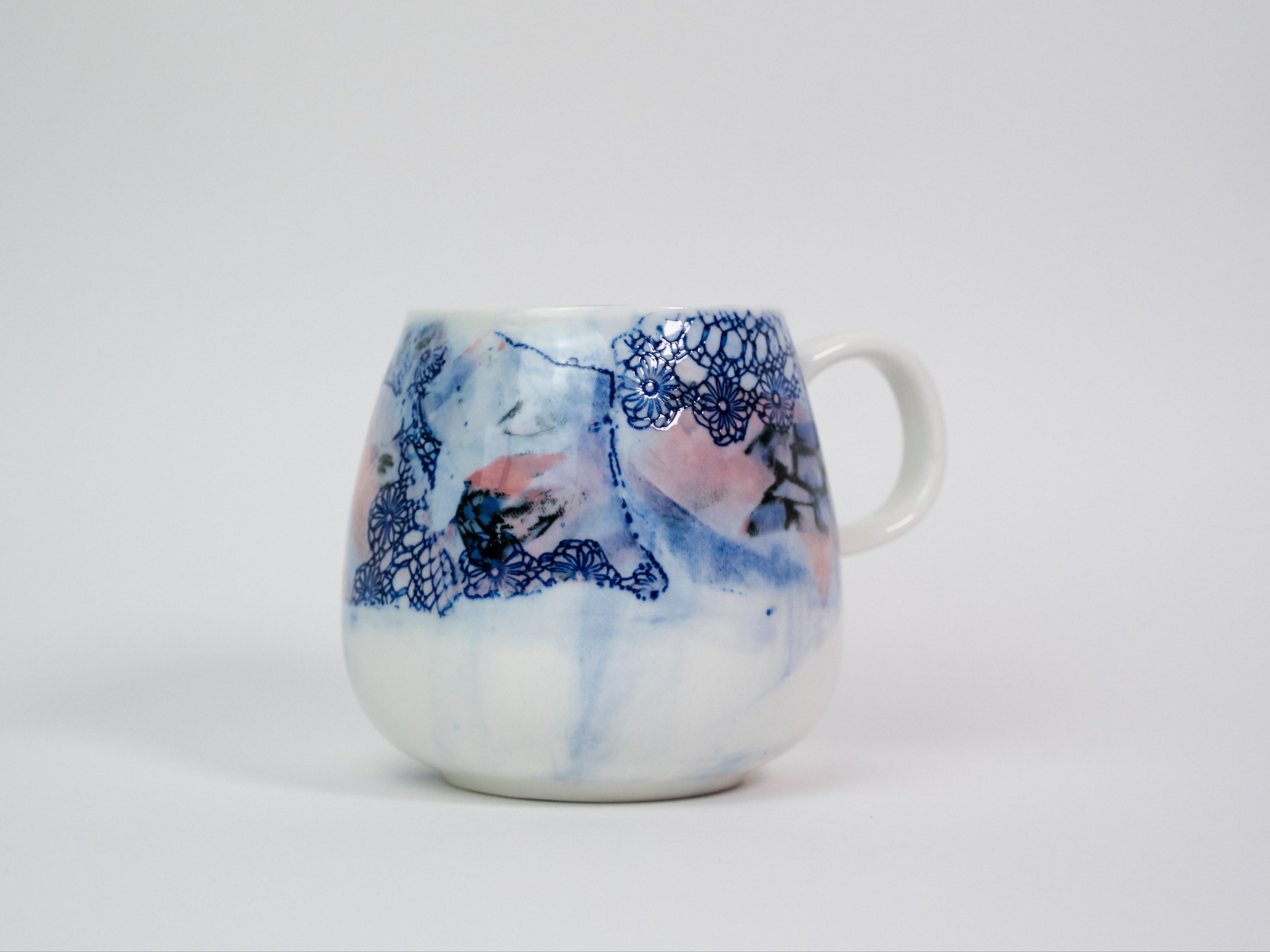 Collection Burano- Tasse anse dentelle colorée- Couleur Framboise C (1)