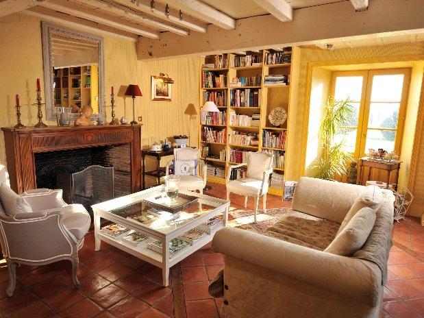 Le salon-chambres d'hôtes de charme-perigord-villereal-monflanquin