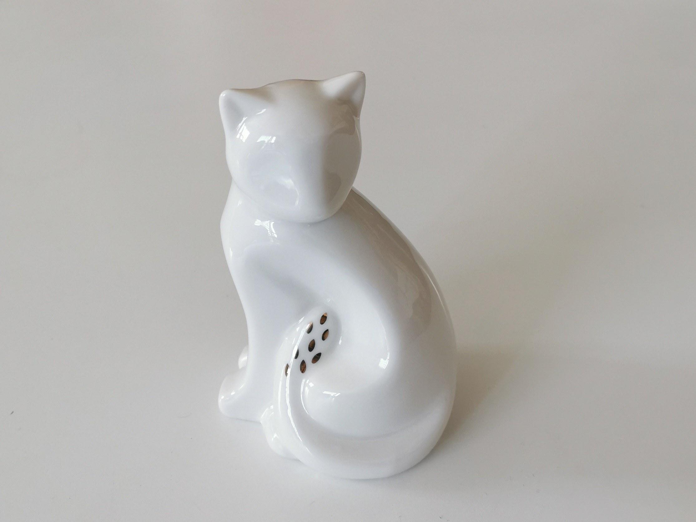 statuette-chat-blanc-et-or-en-porcelaine couleurs d'Hélène