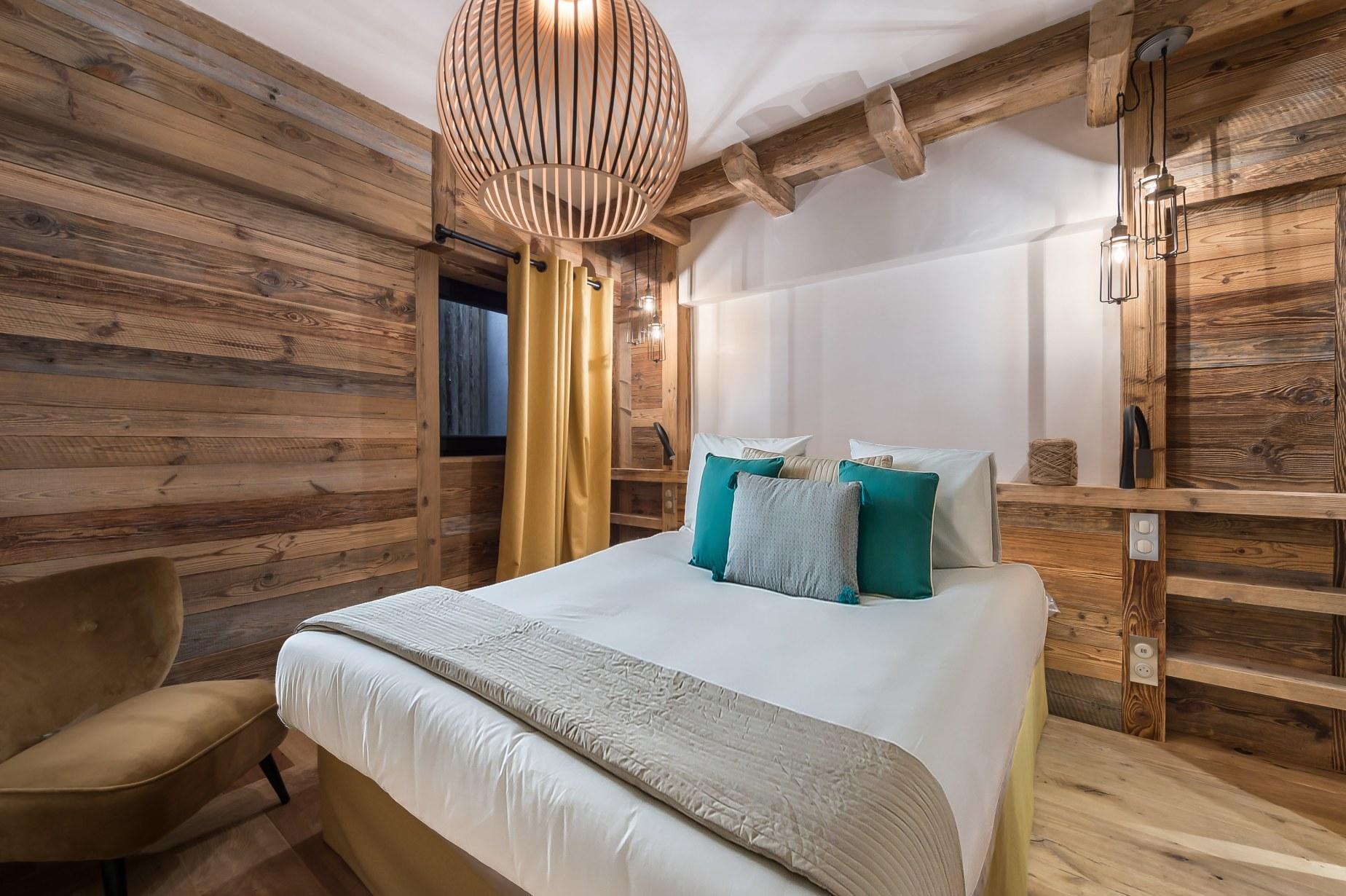 hotel-bas-des-pistes-val-isere-appartement-chambre