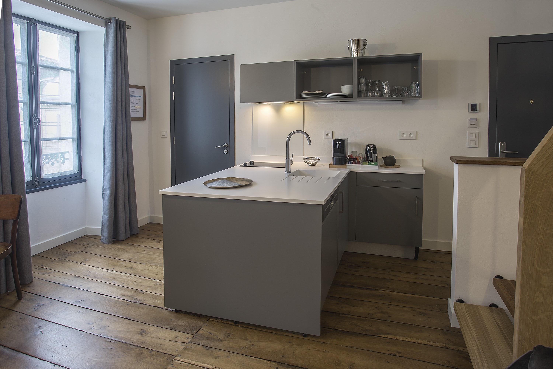 appart-hotel-angouleme-duplex-cote-est-cuisine-2