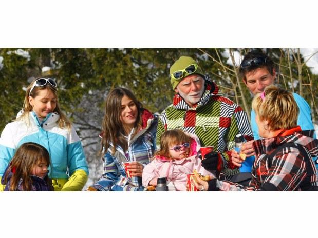 hotel-dans-le-Vercors-famille-ski