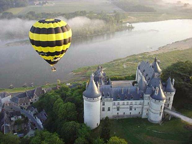 hotel-blois-centre-anne-de-bretagne-montgolfiere-loire-valley-nature-paysage