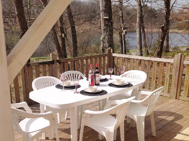 vue villa deluxe etang vallier resort brossac