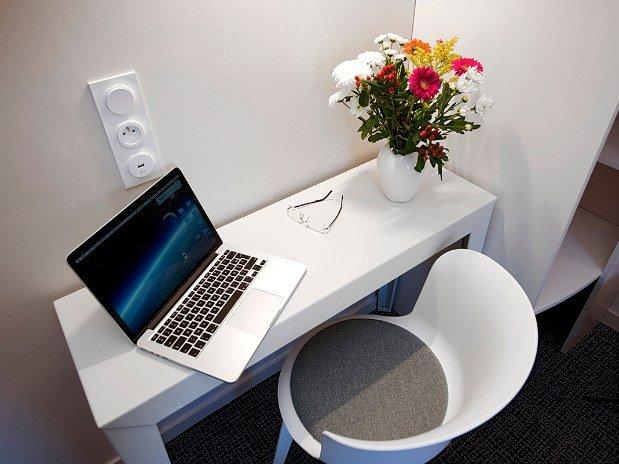 Table-chambre-confort-hotel-du-port-morlaix
