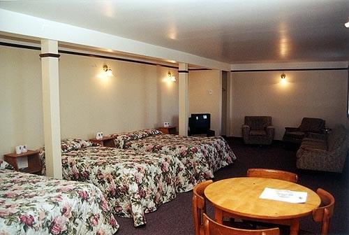 motel-st-simeon-charlevoix--chambre-trois-lits