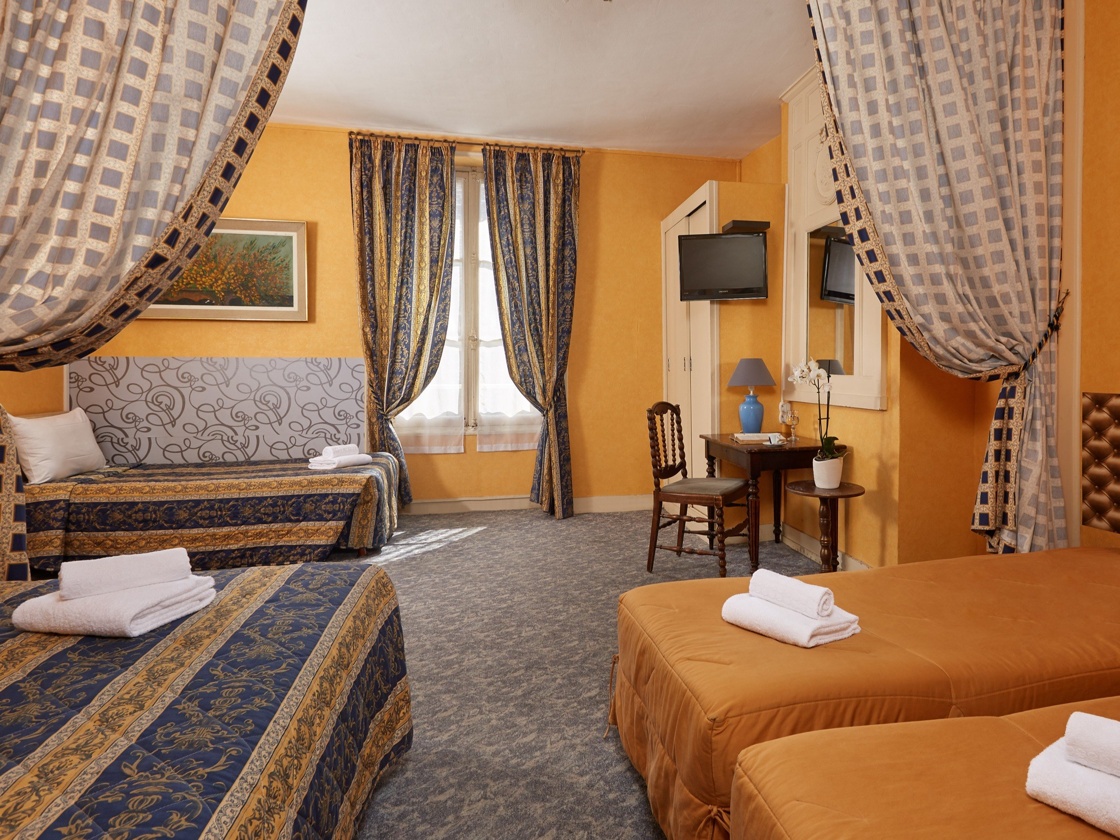 Hotel-France-Guise-Blois-chambre-familiale-5-pers