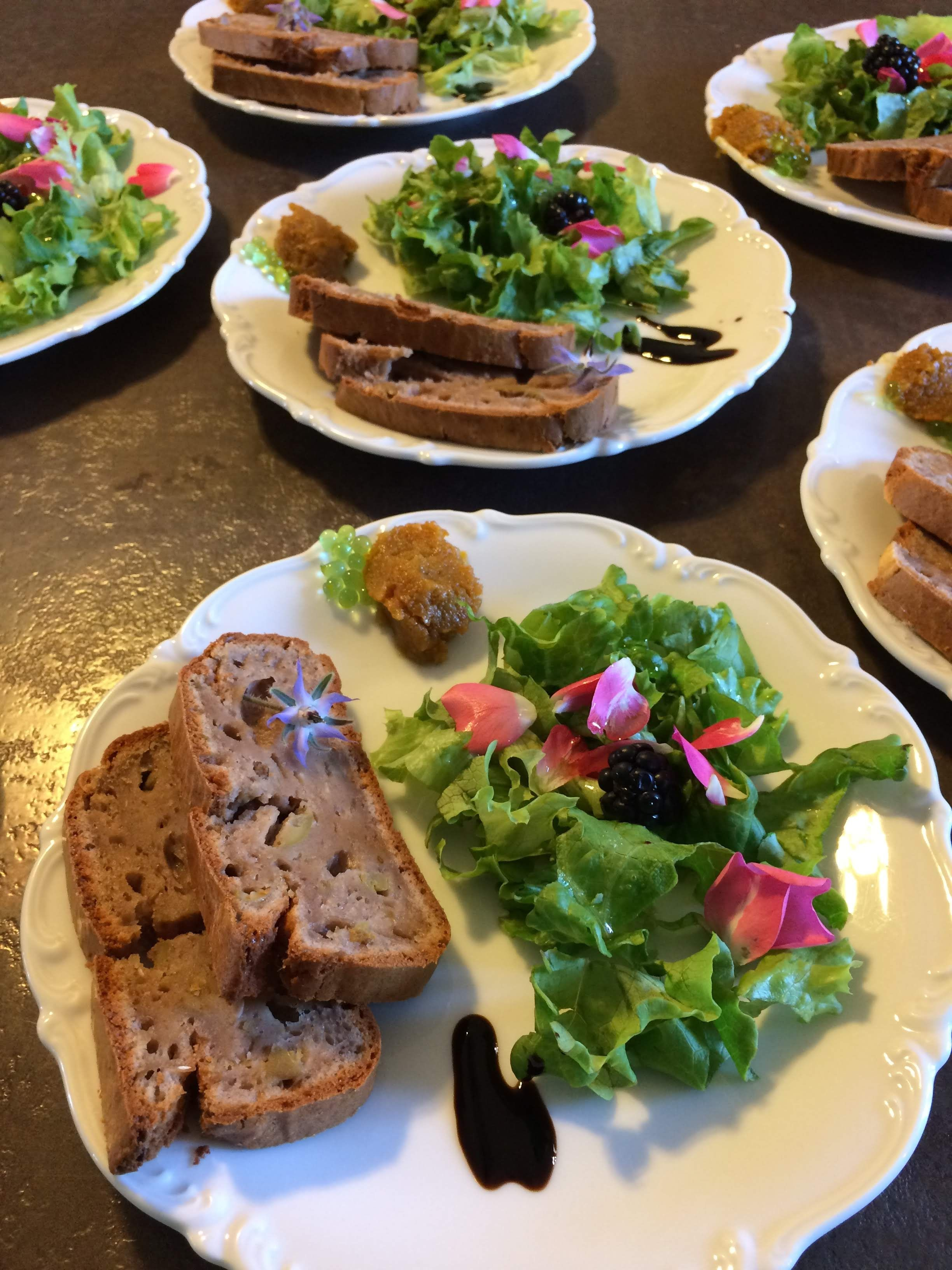 gite-oasis-toulouse-table-hote-assiette-repas