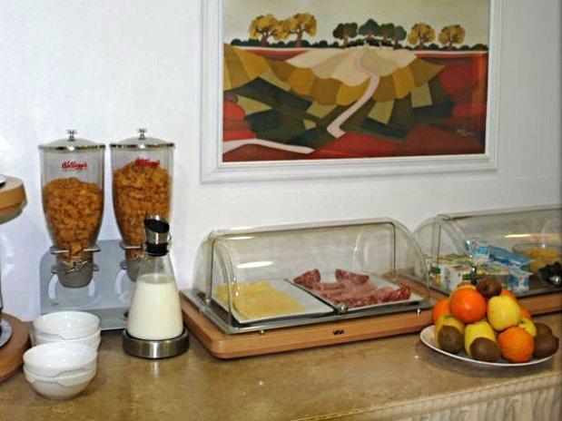 Hotel Crimée Paris petit-déjeuner
