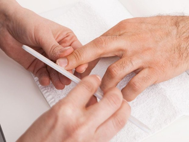 beauty-bar-one-rennes-beaute-des-ongles-hommes