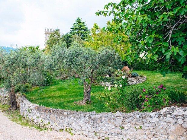 Giardino di Cora Castello Santa Margherita Cori