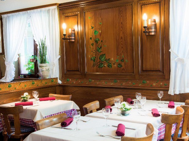 hotel-restaurant-spa-etoile-alsace-table