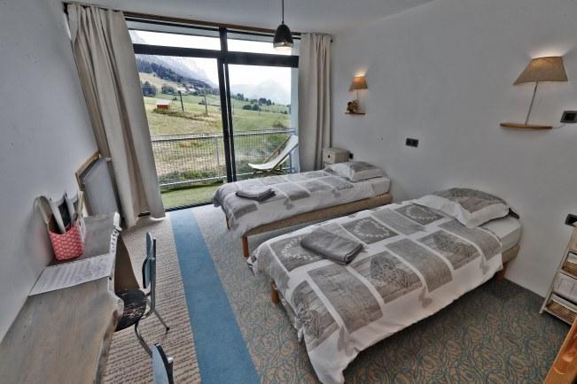 chambre twin 2 etage-084