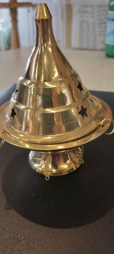encensoir-chapeaux-avec-chaînette-min