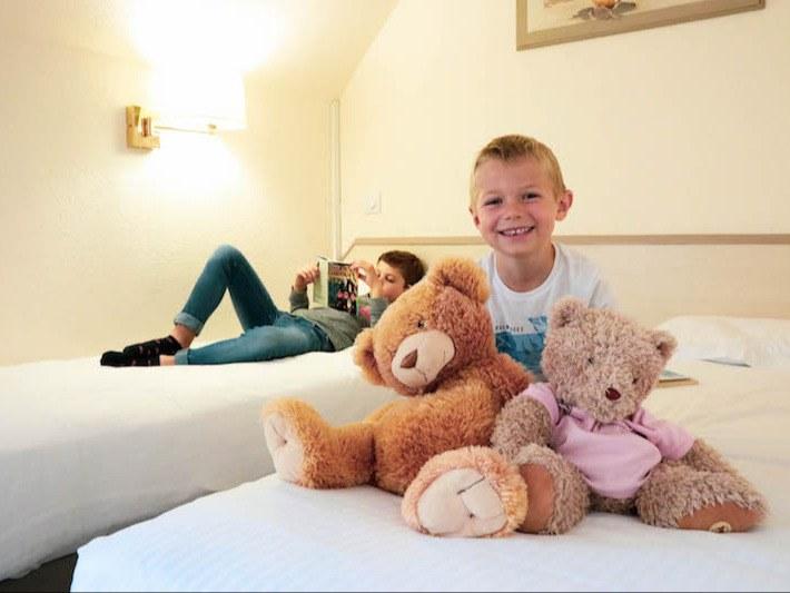 chambre-familiale-hotel-normandie-calvados