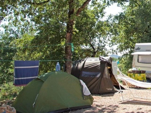 CAMPING 02 camping familial piscine fayence var provence