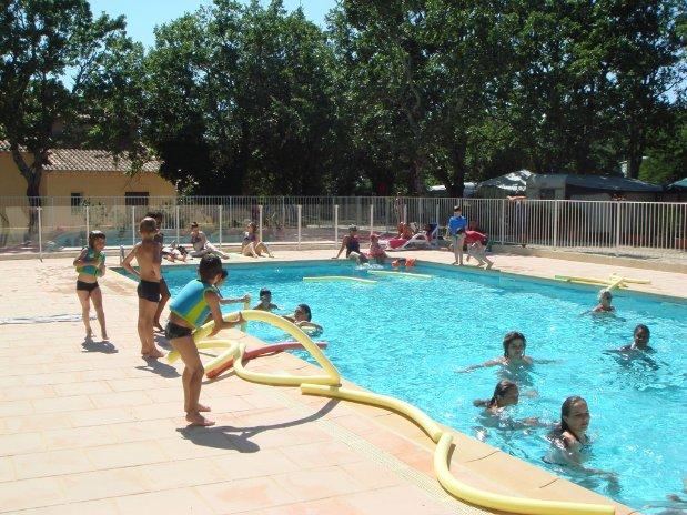 enfants piscine