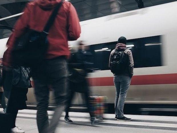 Hôtel-de-caractère-dans-le-centre-ville-de-Blois-train