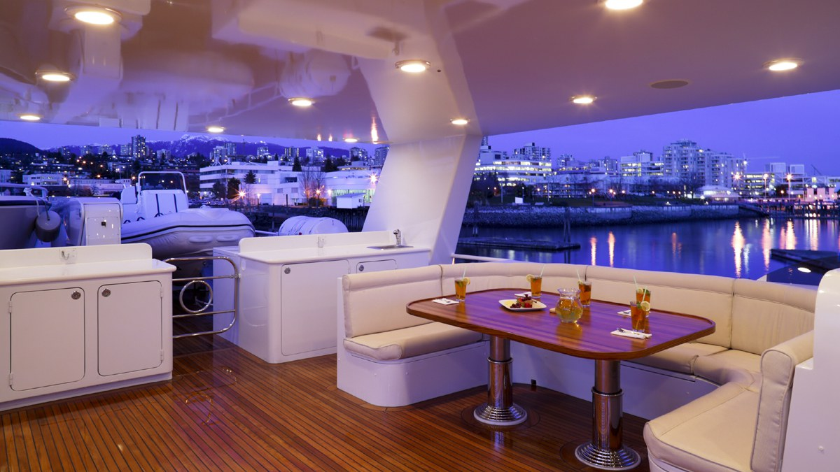 y-luxe-personnalisation-yatch-2