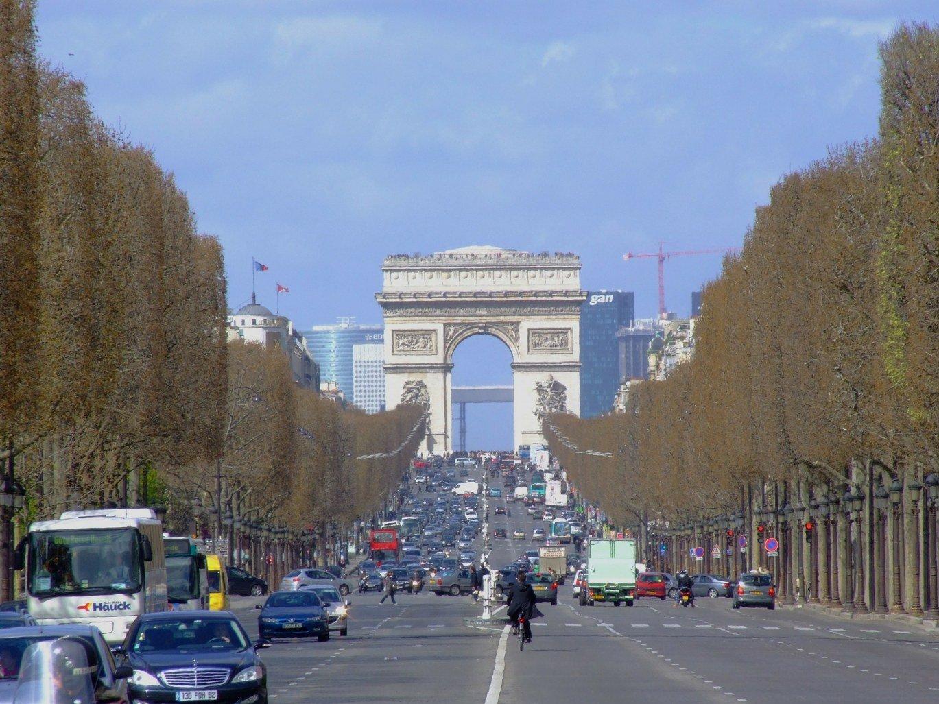 alma-marceau-résidence-hôteliere-Paris-Champs-élysées-proche