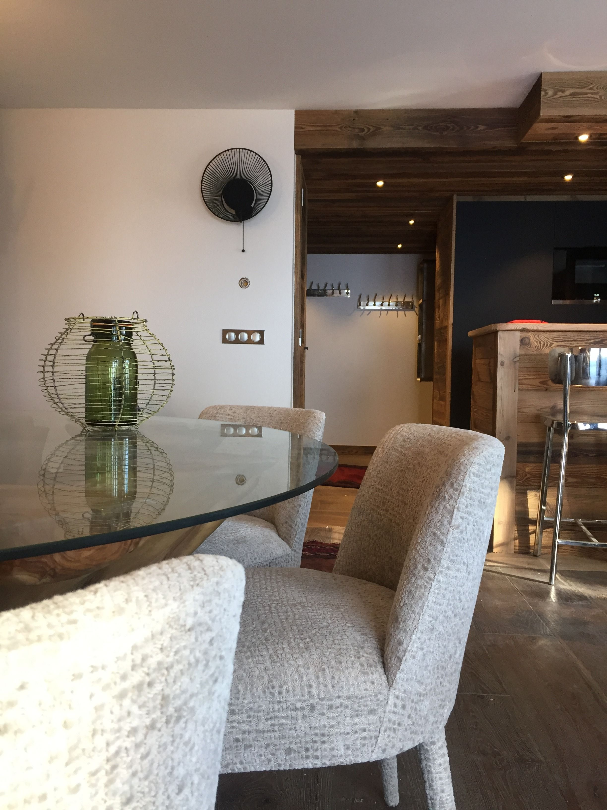 hotel-bas-des-pistes-val-isere-appartement-salon