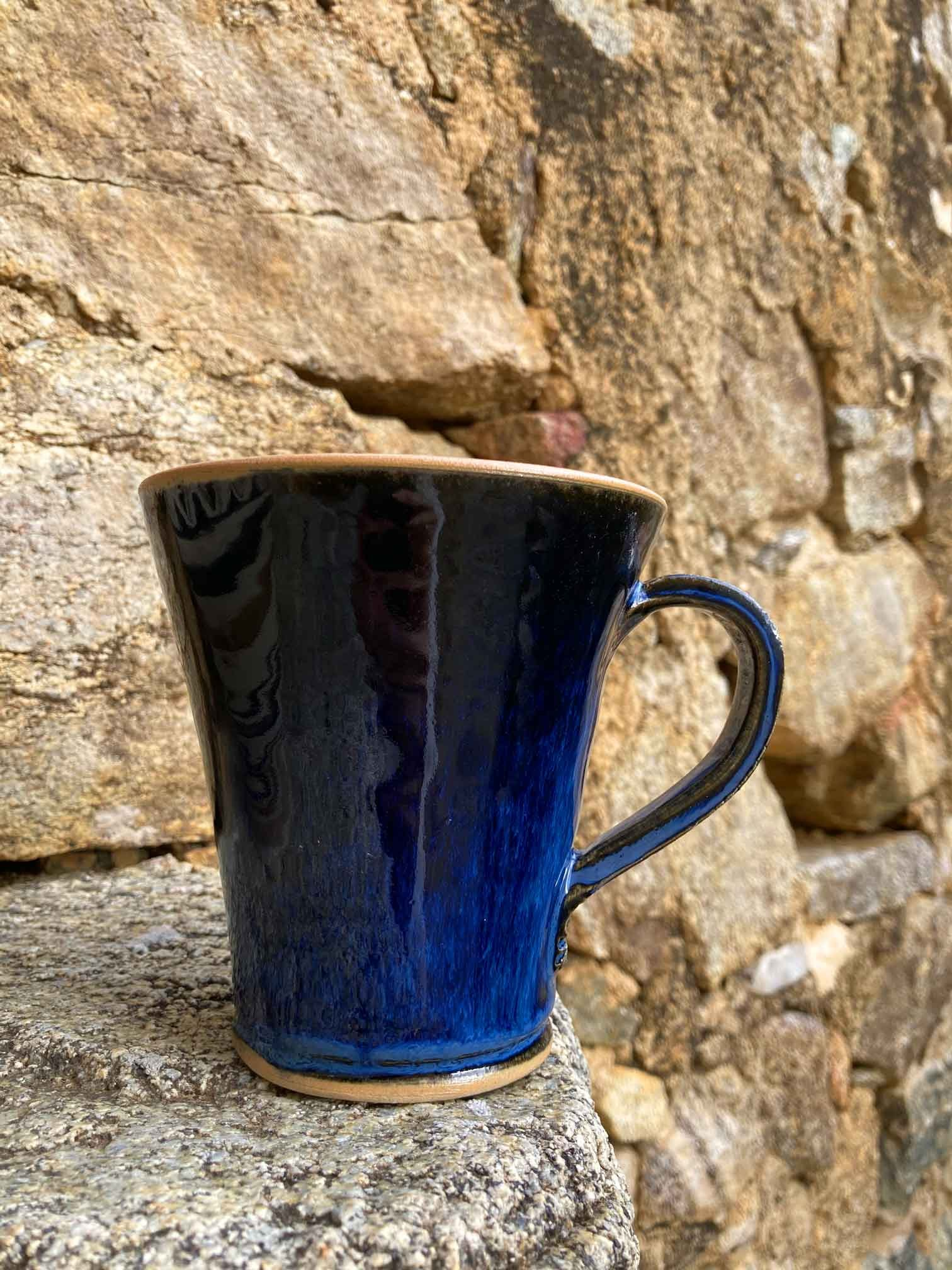 22-Mug-grès-bleu-et-rouge