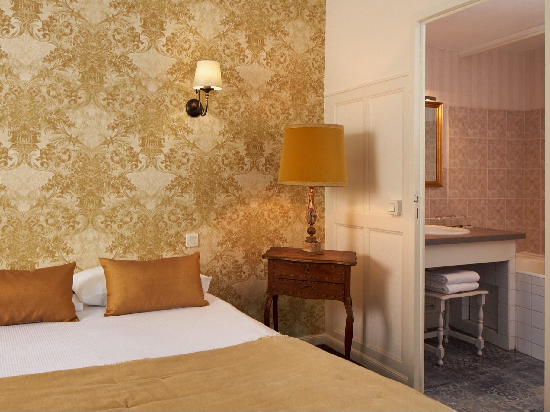 Hotel-blois-chambre--quadruple