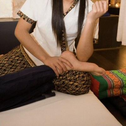 massage-thailandais-paris-institut-lai-thai-savoir-faire-massage-pieds