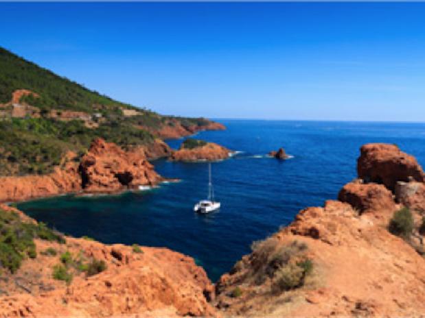 La Corniche d'or Promenade bord de mer Cote d'Azur