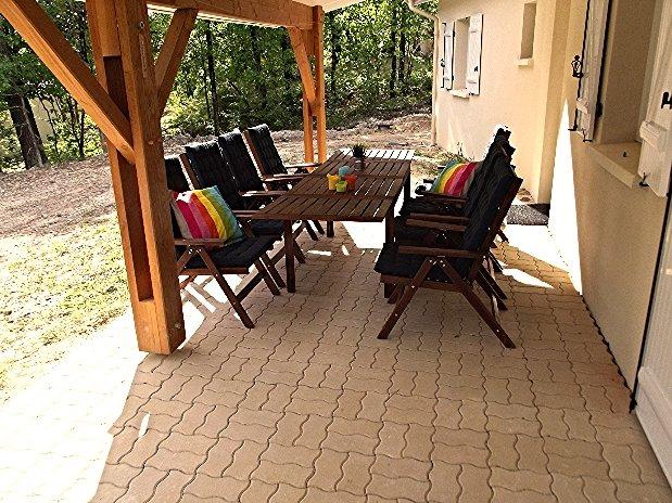 Terrace the chenes house Fan Etang Vallier Resort 3 bedroom house charente