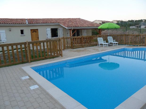 Villa with pool chenes etang vallier brossac