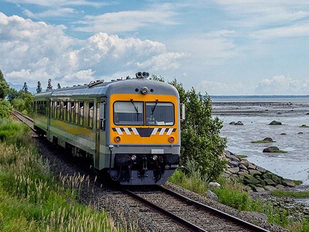 auberge-vue-fleuve-la-malbaie-exterieur-train