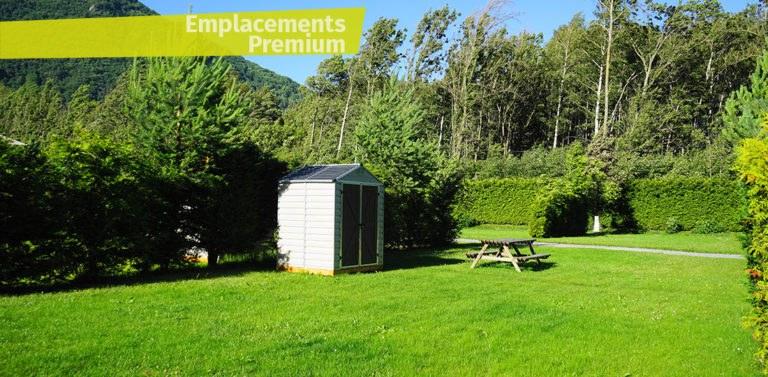 emplacement premium camping Alpes d'Huez piscine montagne Isère