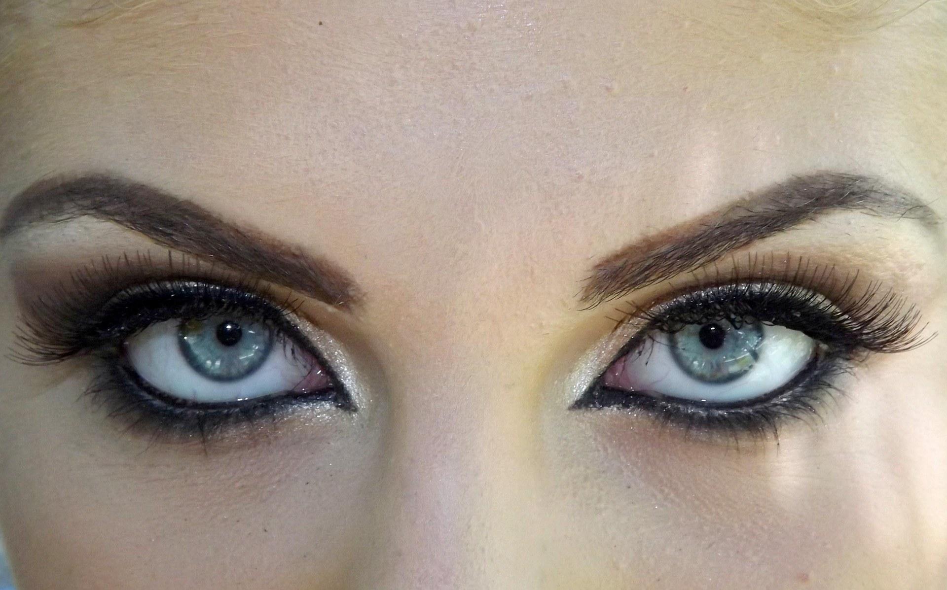 spa-tarn-et-garonne-estheticienne-beaumont-regard-sourcils