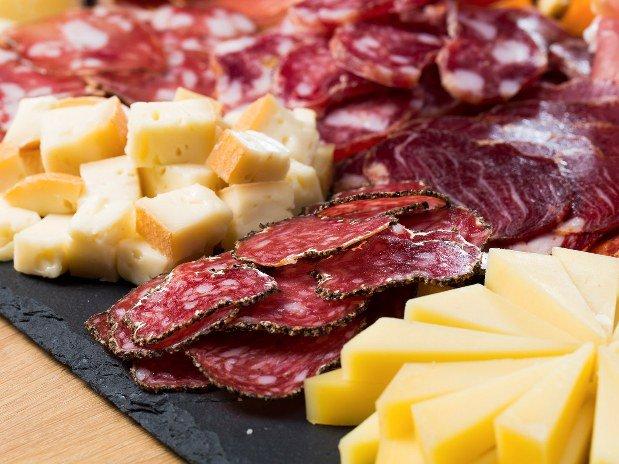 brunch fromage et charcuterie