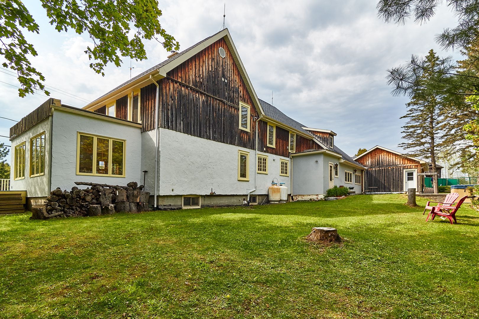 auberge-spa-mont-orford-exterieur