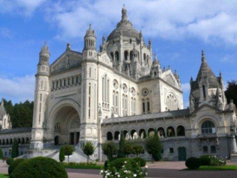 eden-park-hotel-normandie-basilique-lisieux